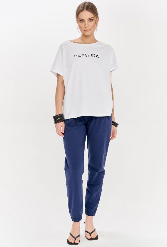 "Koszulka oversize NANETTE T-SHIRT ""OK"" biała"